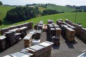 Holzplatz Holzlager